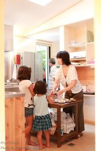 キッチン中央の作業台